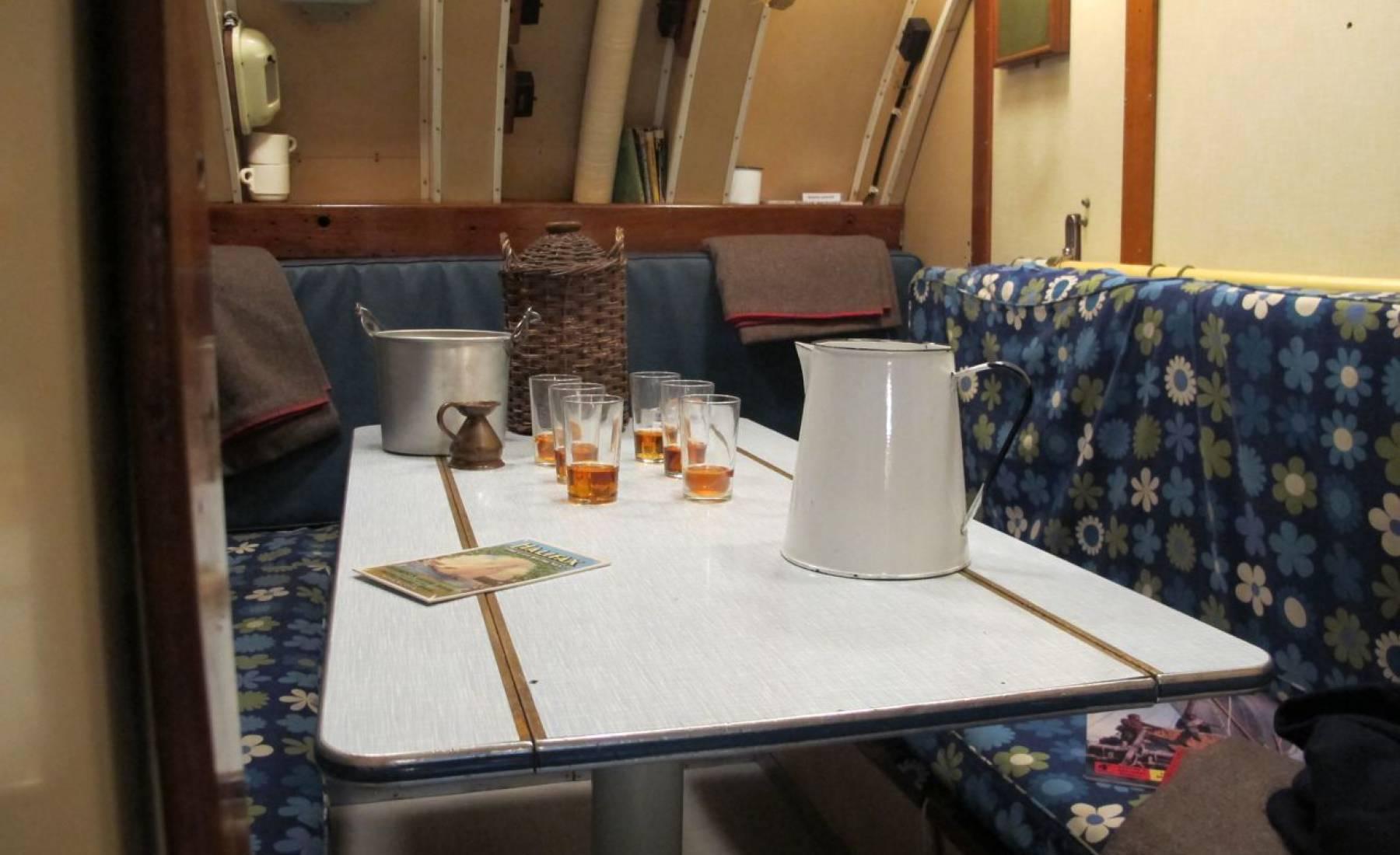 whisky, golden resin, glasses, tot, captain, submarine HMS Alliance, fake food
